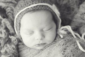 Owasso-Jenks-Collinsville-Bixby-Broken-Arrow-newborn-photographers